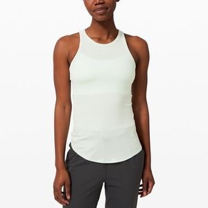 NWT LULULEMON new day ahead tank size 6